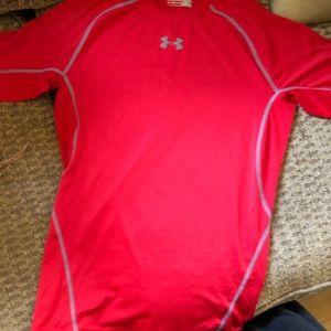 Under Armour Compression heat gear t-shirt